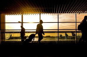 airport-1822133_1280