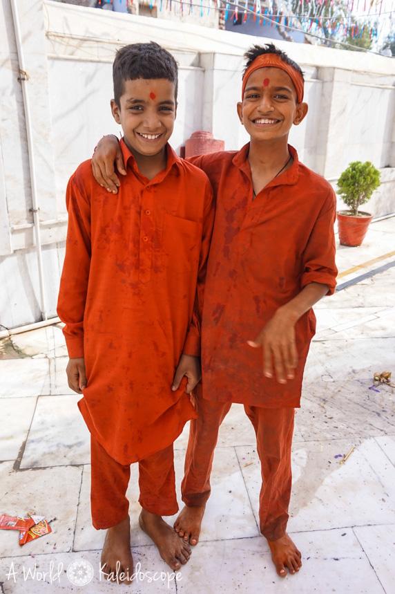allein-als-frau-indien-boys-amritsar