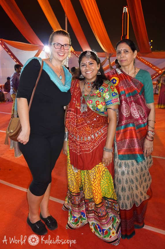 allein-als-frau-indien-navratri-dance