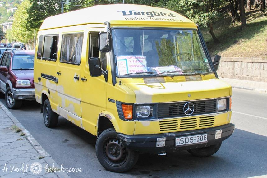 backpacking-in-georgien-bus