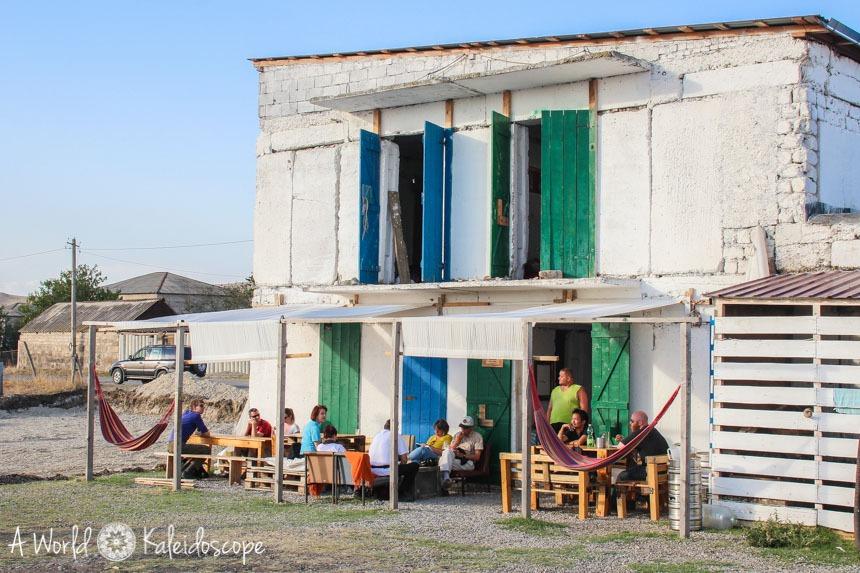 backpacking-in-georgien-oasis-club-hotel