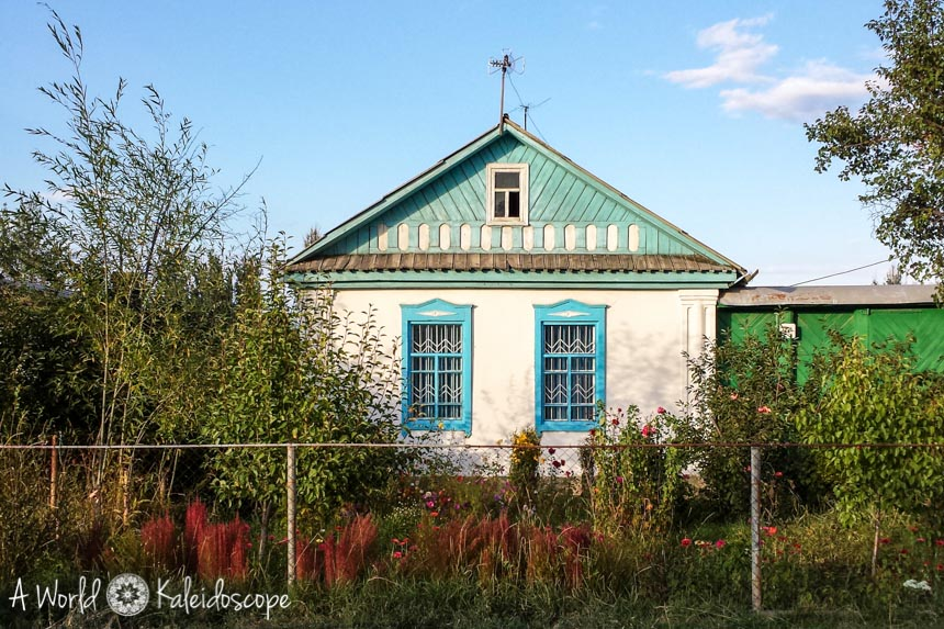 backpacking-in-kirgisistan-karakol-house