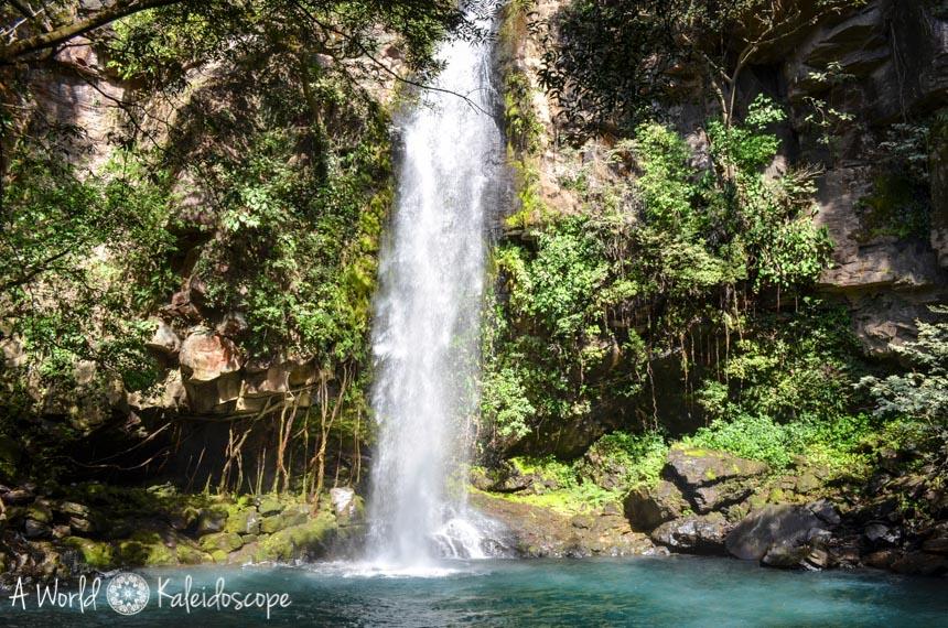 backpacking-rundreise-costa-rica-nicaragua-panama-rincon-de-la-vieja-waterfall