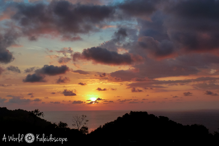 backpacking-rundreise-costa-rica-nicaragua-panama-sunset-quepos