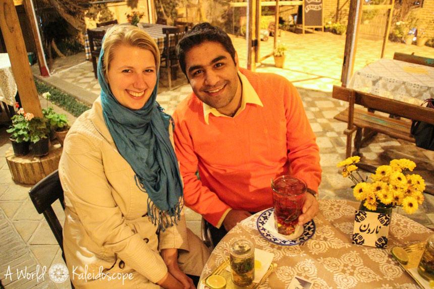 couchsurfing-im-iran-cafe