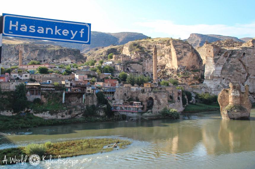 hasankeyf-panorama-sign
