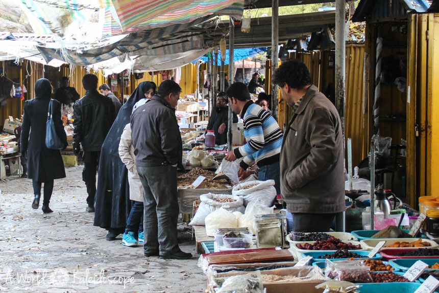 iran-backpacking-kandovan-bazaar