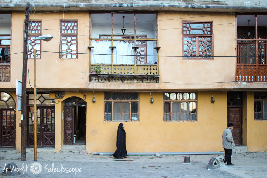 iran-backpacking-masuleh-house