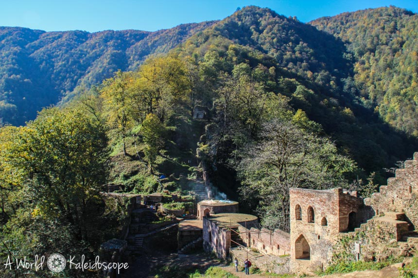 iran-backpacking-qaleh-rudkhan