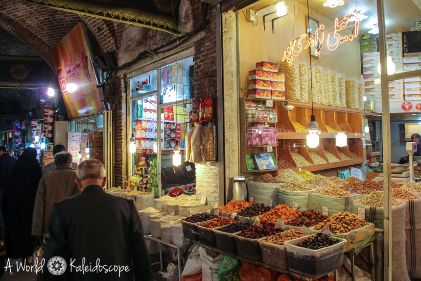 iran-backpacking-tabriz-bazaar