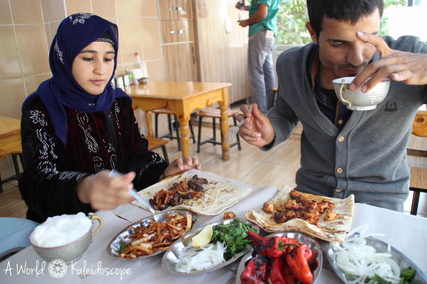 local-people-urfa-lunch