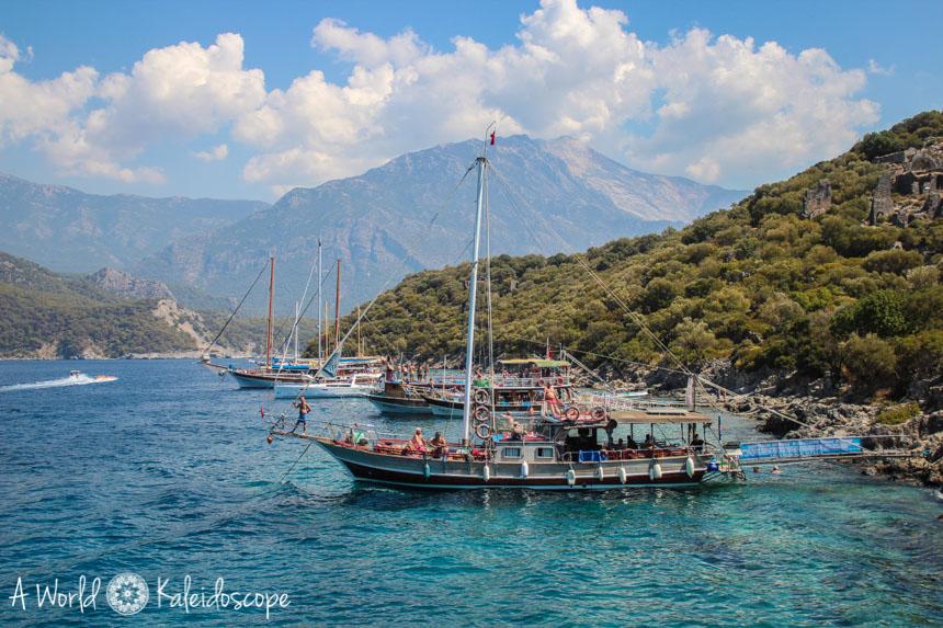 paragliding-oludeniz-boats-st-nicholas