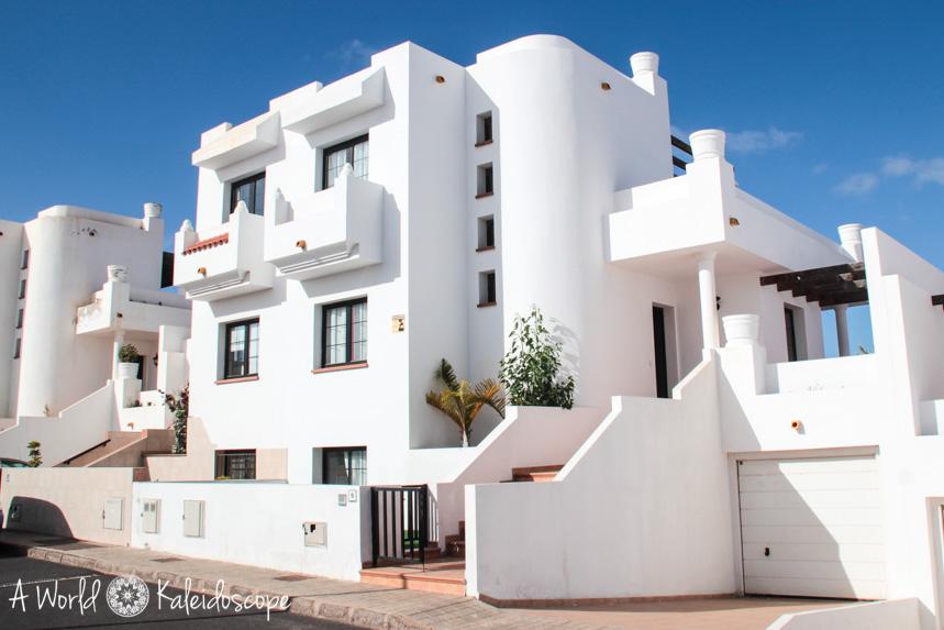 planet-surfcamp-fuerteventura-villa