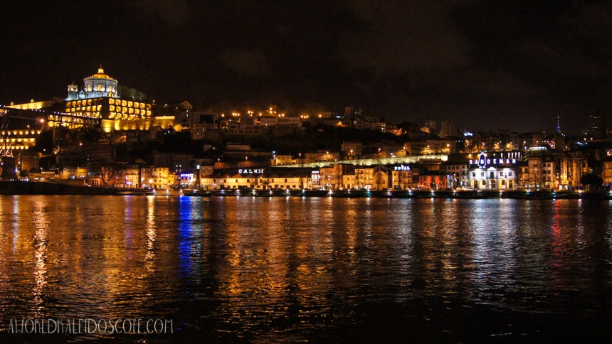 Riverside by night, Porto