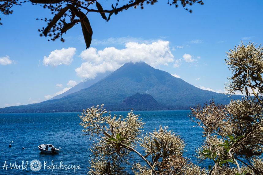 reiseroute-mexiko-belize-guatemala-lago-de-atitlan