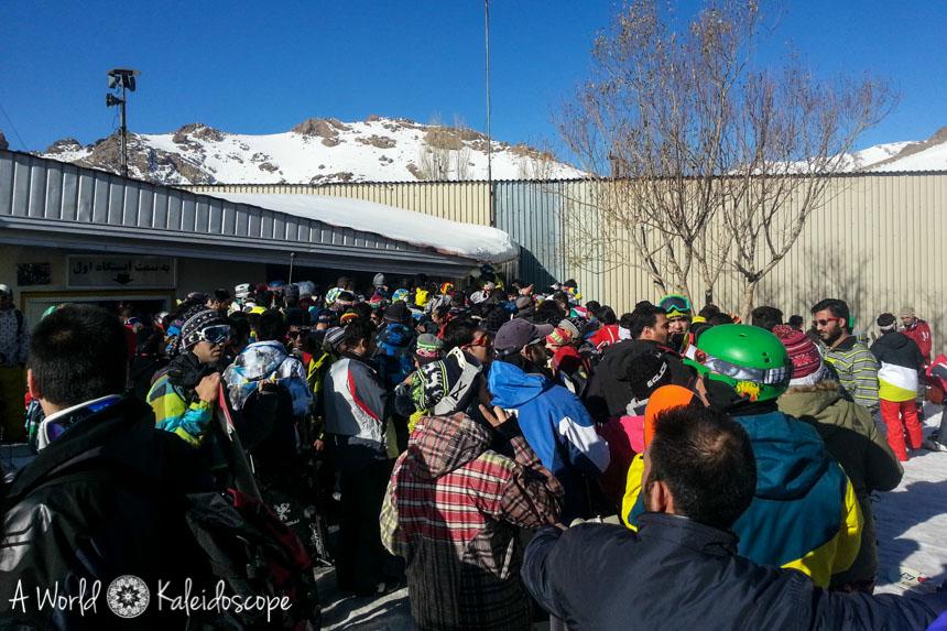 ski-fahren-im-iran-leute